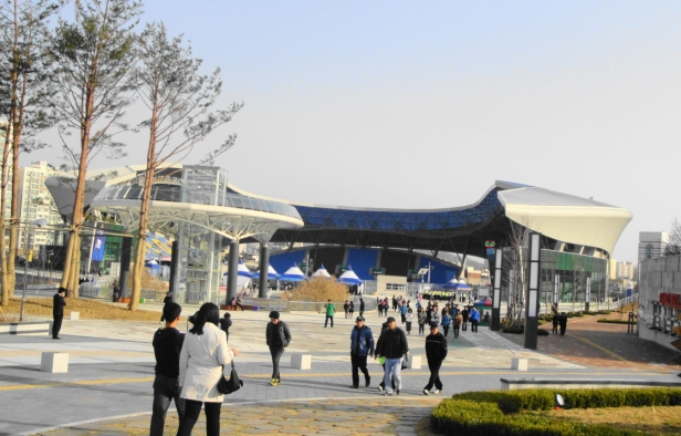 Incheon Football Stadium - Outside