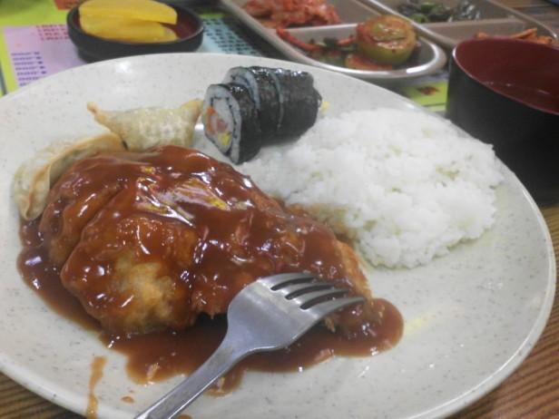 Kimbap (김밥), Mandu (만두) & Donkatsu (돈까스)