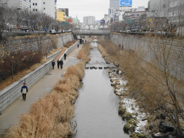 Cheonggyecheon Stream 3