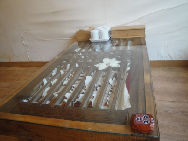 Gallery Pub in Insadong Table