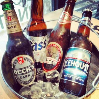 B-Turn Self Beer Bar - Instagram