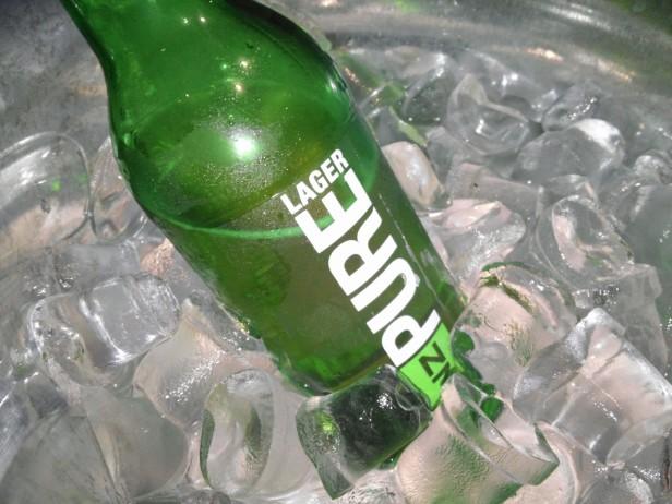 B-Turn Self Beer Bar - NZ Pure