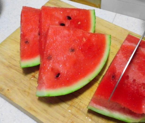 Korean Watermelon Sliced 1