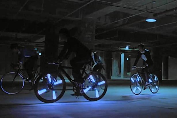 Light Bikes - Infinite Request