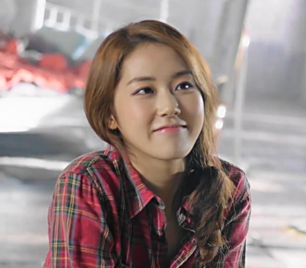 Shin Ji Hoon Right There - Self 3