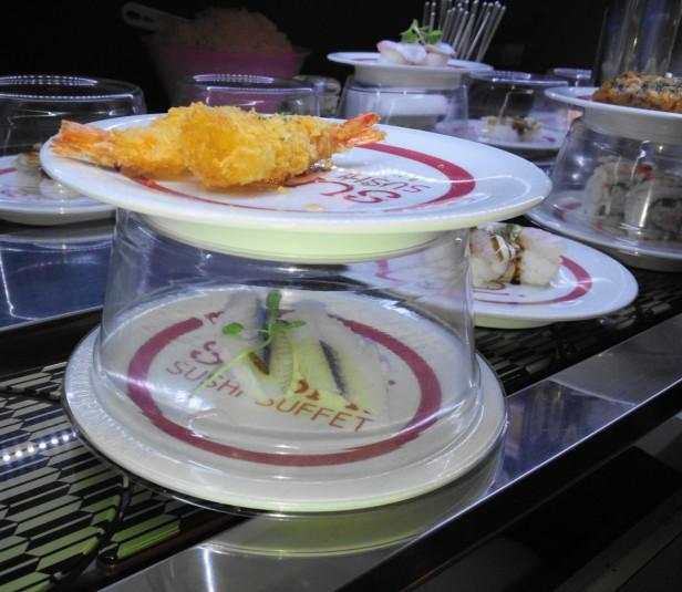 Sushi O Hongdae Sushi Buffet - conveyor belt 2