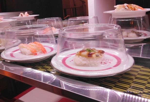 Sushi O Hongdae Sushi Buffet - conveyor belt