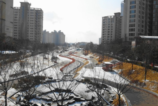 Snowy and Icy Park in Cheongna Incheon