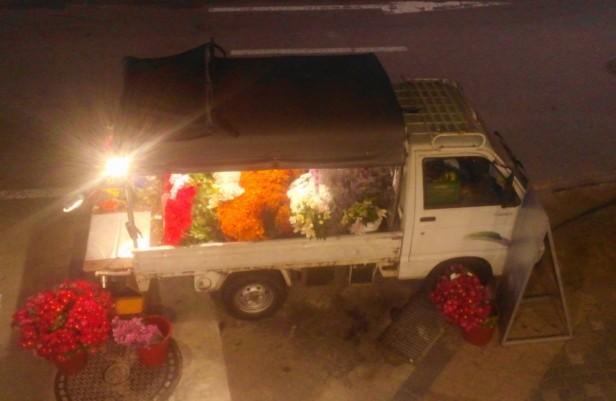 Flower Truck HBC Itaewon