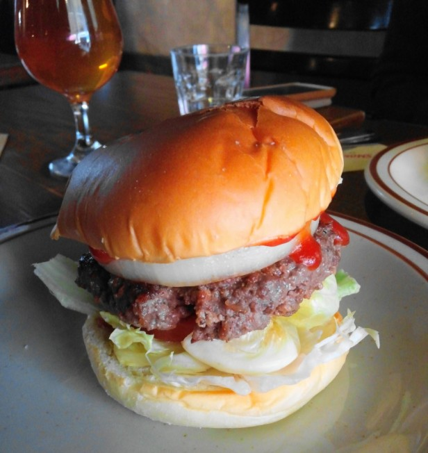 Smokey Saloon Hongdae Seoul - Burger 3