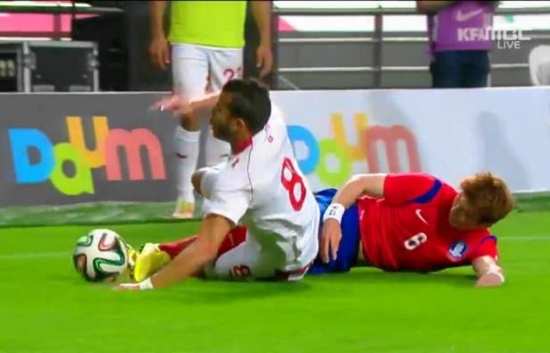 South Korea vs. Tunisia International May 2014 Ki Sung Yeong