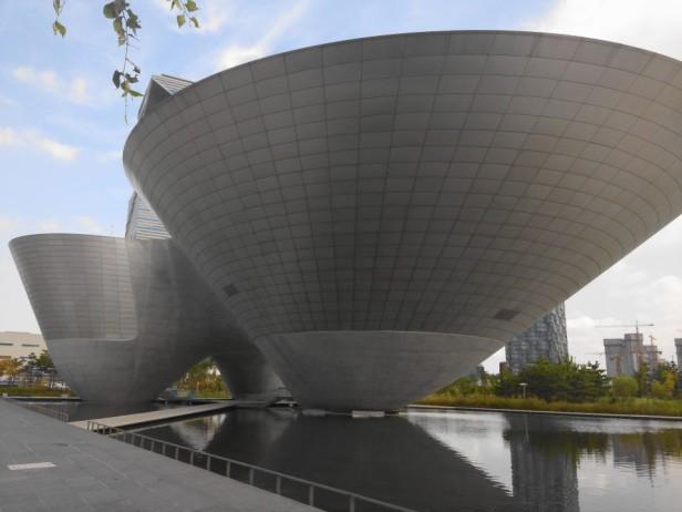 Tri-Bowl Building Songdo, Incheon