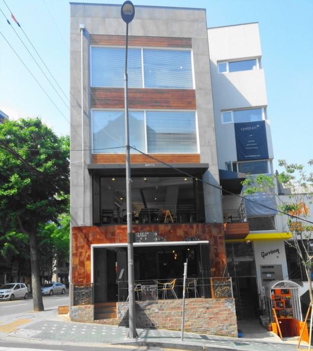 Grabie Coffee Hongdae Seoul outside