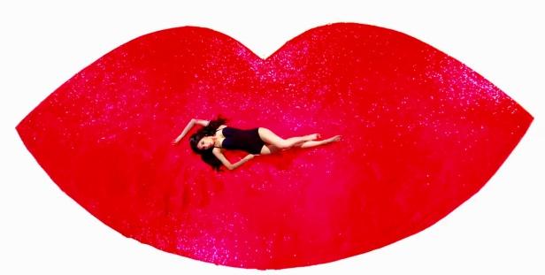 Hyuna Red - Glitter Lips
