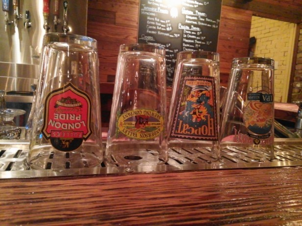 Reilly's Taphouse Itaewon Seoul Pint Glasses