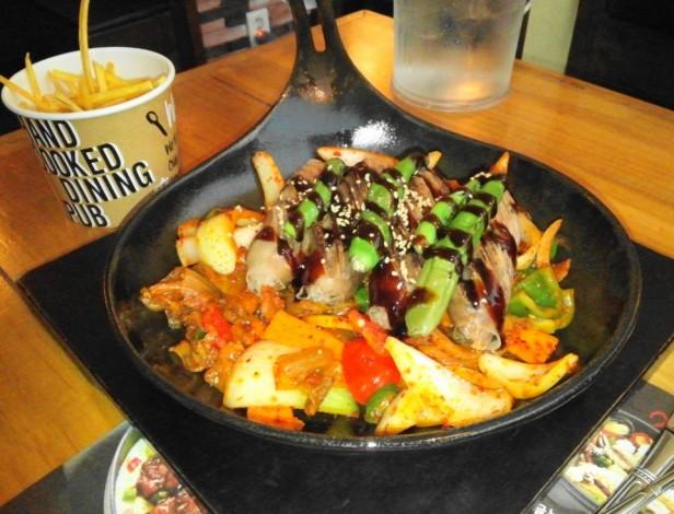 Wara Wara Restaurant Korea Weiners