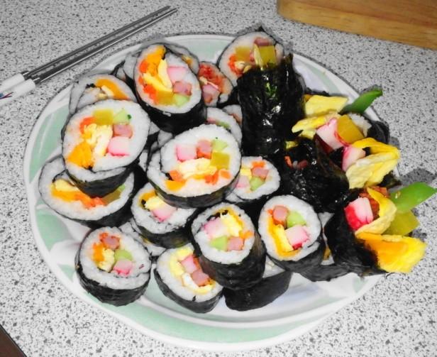 Making Kimbap Finished Sliced