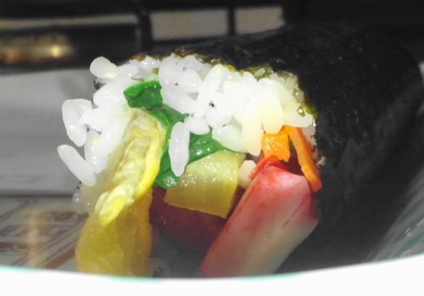 Making Kimbap Side View