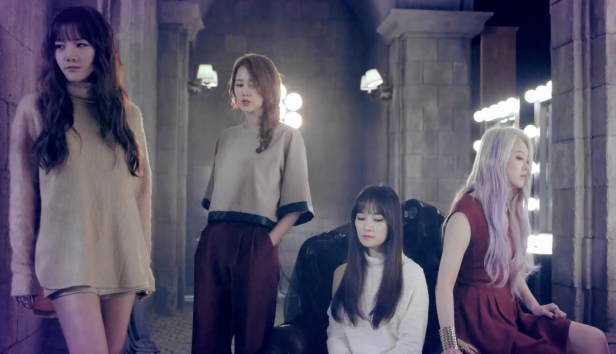 Spica Ghost - Pose