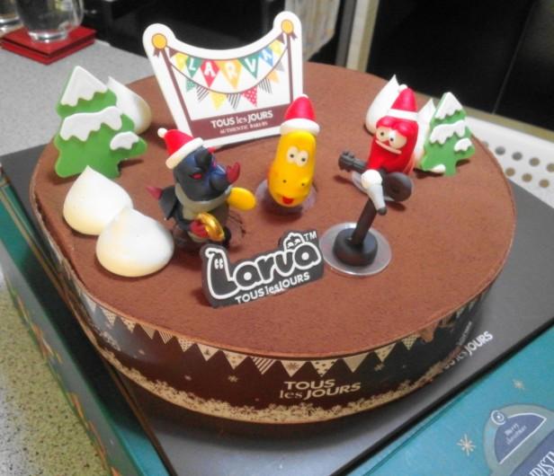 Larva Chocolate Christmas Cake 2014 Korea