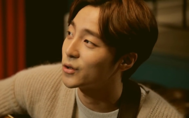 Roy Kim It's Christmas Day Face