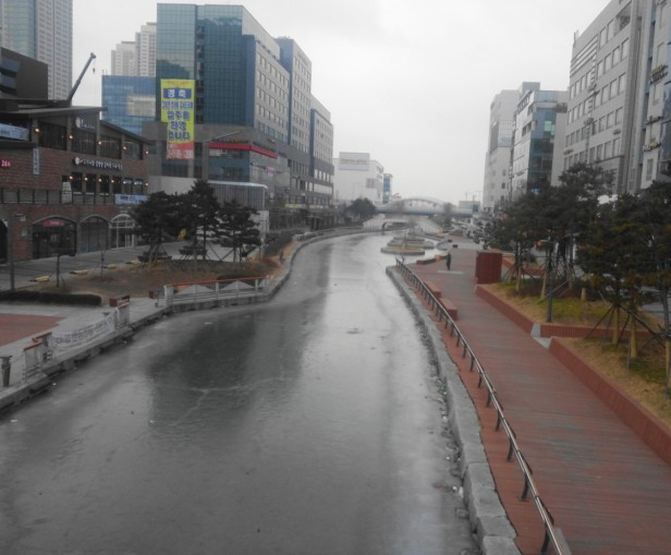 Cheongna Canal Frozen Winter 2015