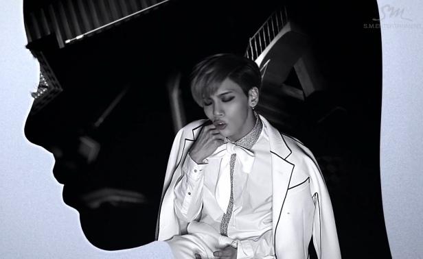 Jonghyun Crazy White Suit
