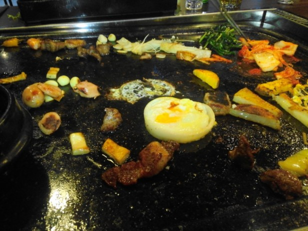 Hwatongsam Korean Barbecue fried egg onion