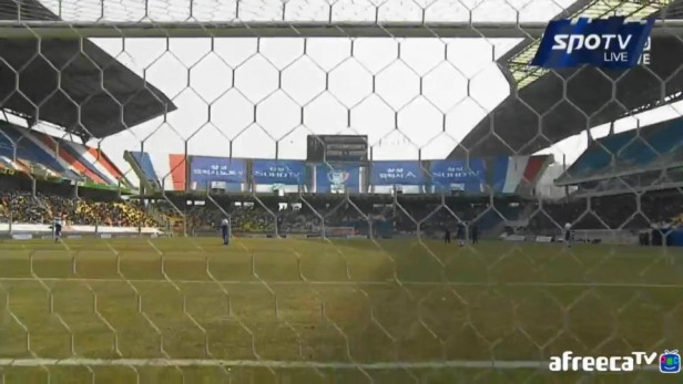 behind the goal suwon vs. pohang 2015