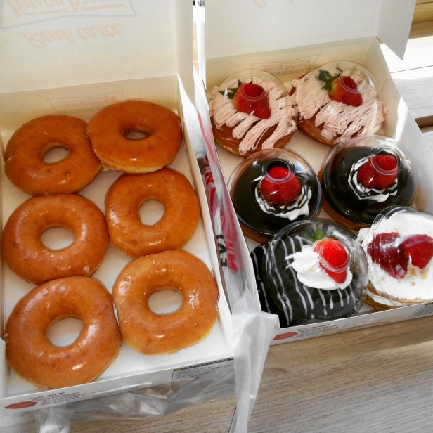 Krispy Kreme Korea Strawberry 2015 set
