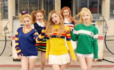 Red Velvet Ice Cream Cake Group