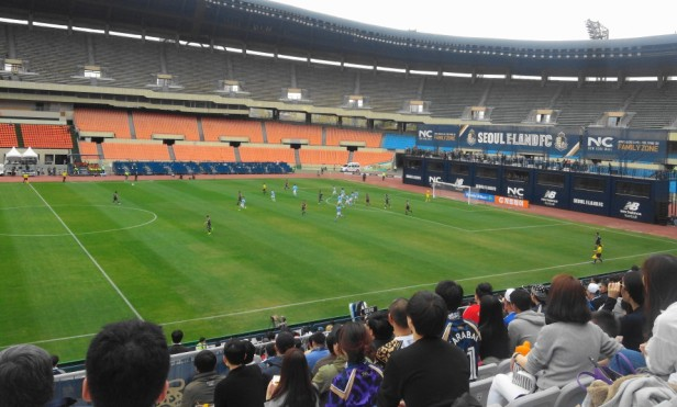 Seoul E-Land vs. Daegu FC K League action