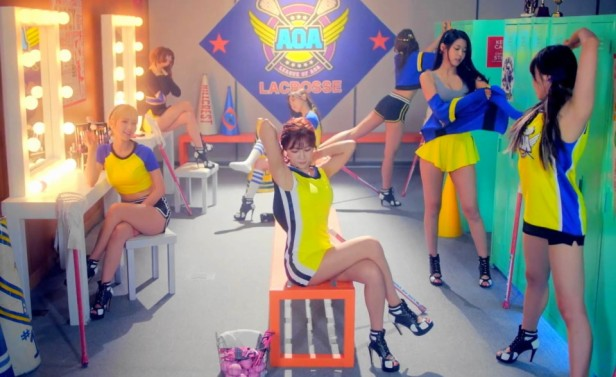 AOA Heart Attack - Locker Room