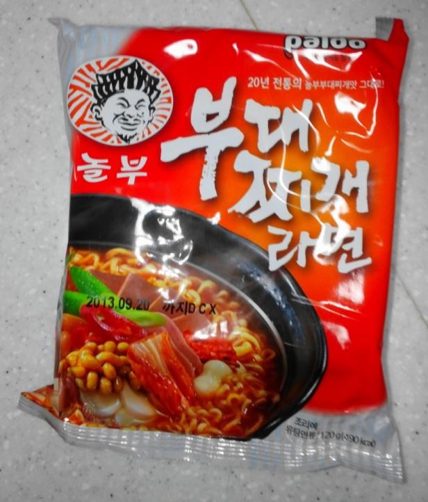 Budaejjigae Noodles front pack