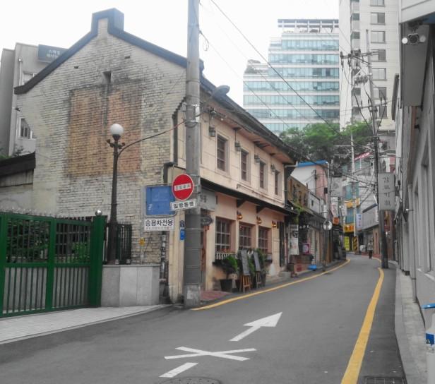 Insadong Seoul Side Street Photo Wednesday
