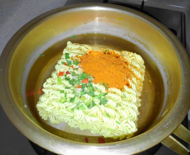 Homeplus Somunnan Instant Noodles pot