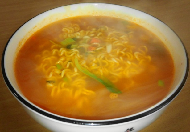 Homeplus Somunnan Instant Noodles ready