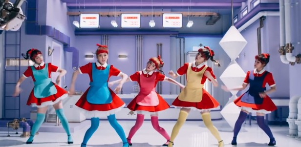 Red Velvet Dumb Dumb - Doll Dance