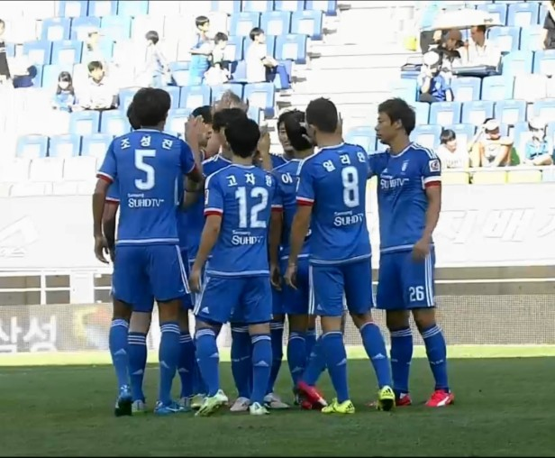 Suwon Bluewings before KO September 2015