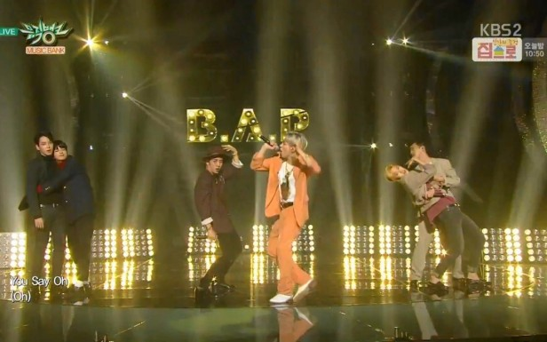 B.A.P Be Happy Live - Dance 1