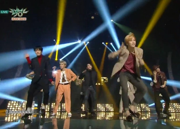 B.A.P Be Happy Live - Dance 2
