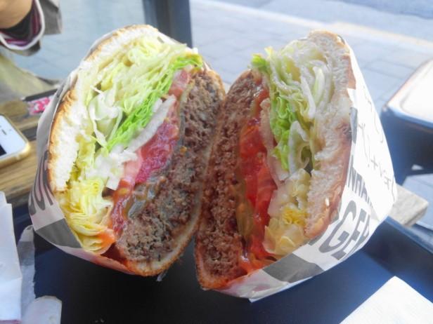 Hand in hand burgers Hongdae Hamburger