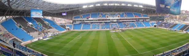 Incheon United v Suwon Bluewings pano 1