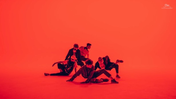 NCT U The 7th Sense red dance