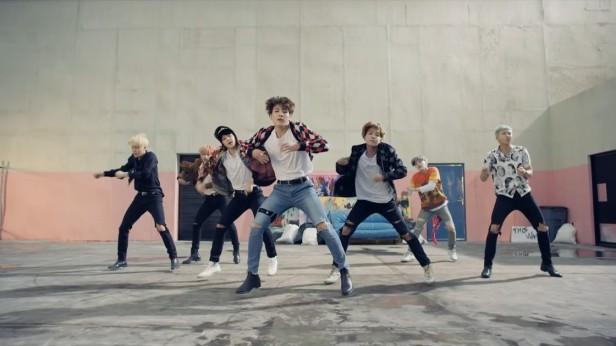 BTS Fire KPOP (5)