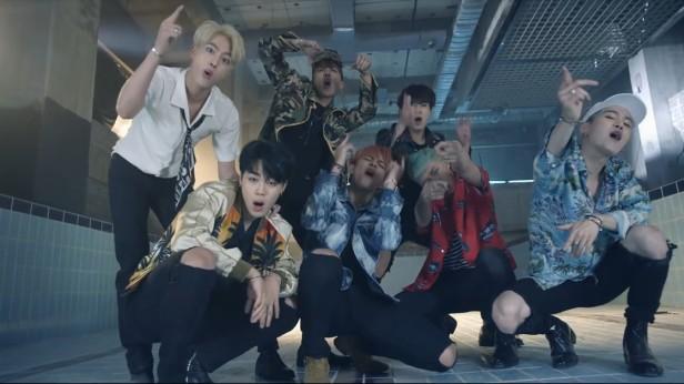 BTS Fire KPOP (9)