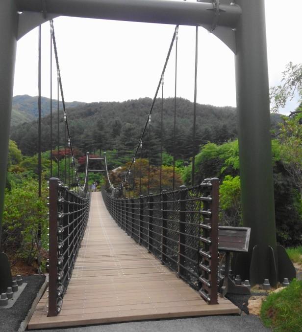 The Garden of Morning Calm Gapyeong KR bridge