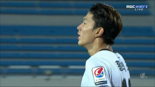 Sangju Sangmu Seongnam FC Aug 2016 (1)