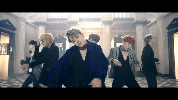 bts-blood-sweat-and-tears-kpop-3
