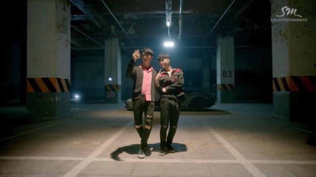 lay-exo-what-u-need-kpop-1